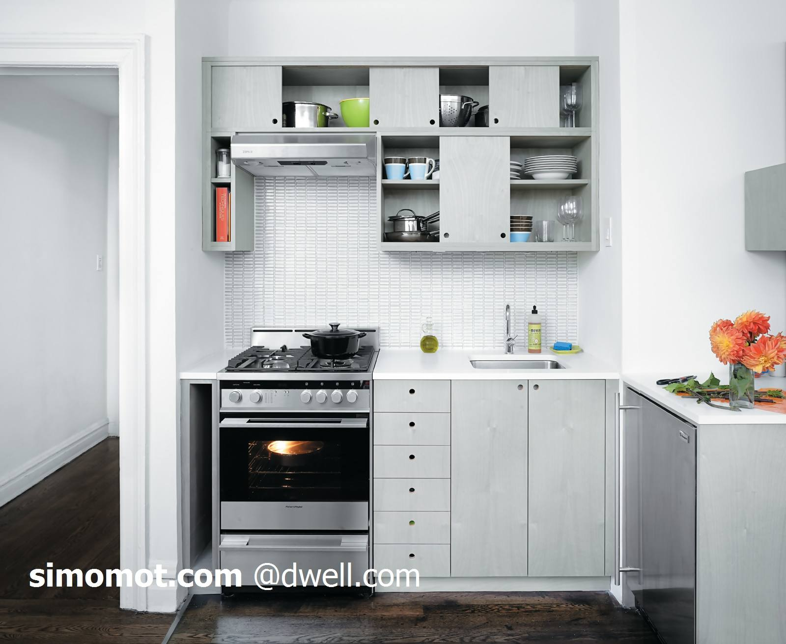 Desain Dapur Kecil Minimalis Sebuah Apartemen Tenang Dan Keren