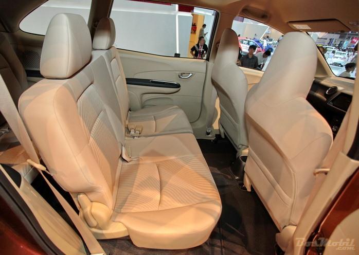 Beli Honda Mobilio Cek Dulu Spek Lengkap Gambar Eksterior Dan Interiornya Simomot