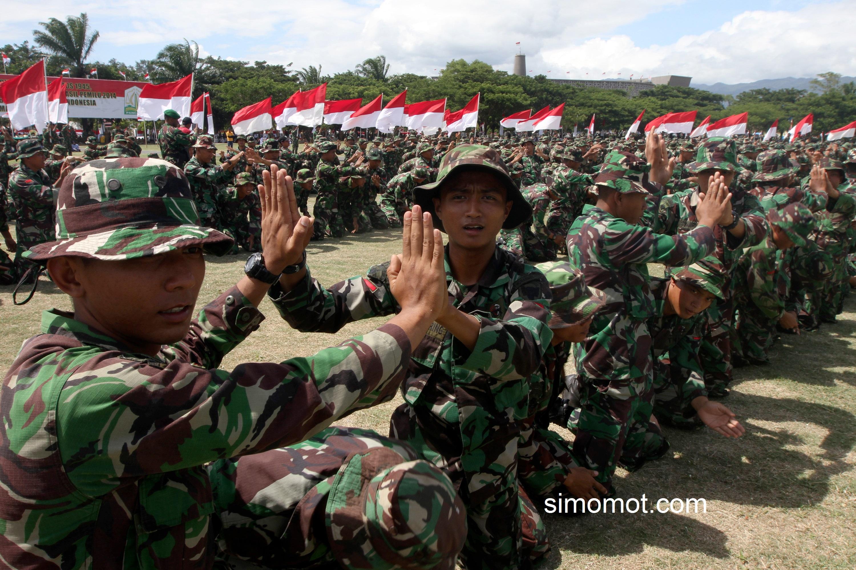 Prajurit TNI Kodam Iskandar Muda Dengan Semangat Tinggi