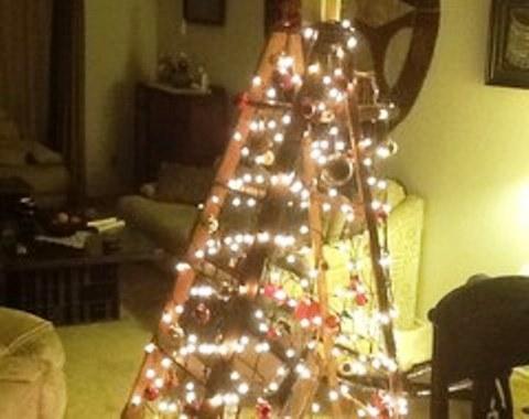 foto contoh desain dan dekorasi pohon natal (115)