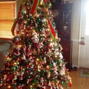 foto contoh desain dan dekorasi pohon natal (31)