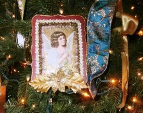 foto contoh desain dan dekorasi pohon natal (4)