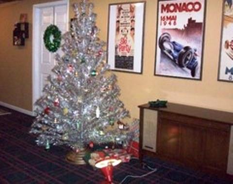 foto contoh desain dan dekorasi pohon natal (68)