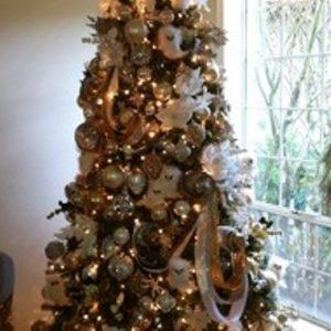 foto contoh desain dan dekorasi pohon natal (75)