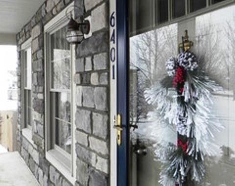 foto contoh desain dan dekorasi pohon natal (9)
