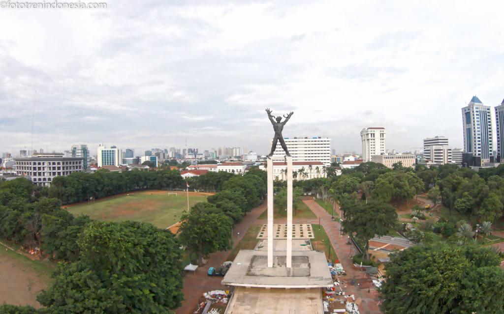 Lapangan Banteng, Wajah Baru Wisata Lokal Yang 'Instagrammable'!