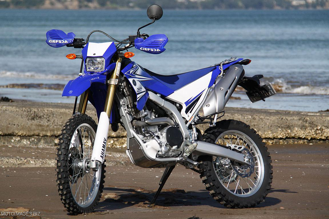 Yamaha wr250r bisa untuk nge trail dan keliling kota for Yamaha wr250r horsepower