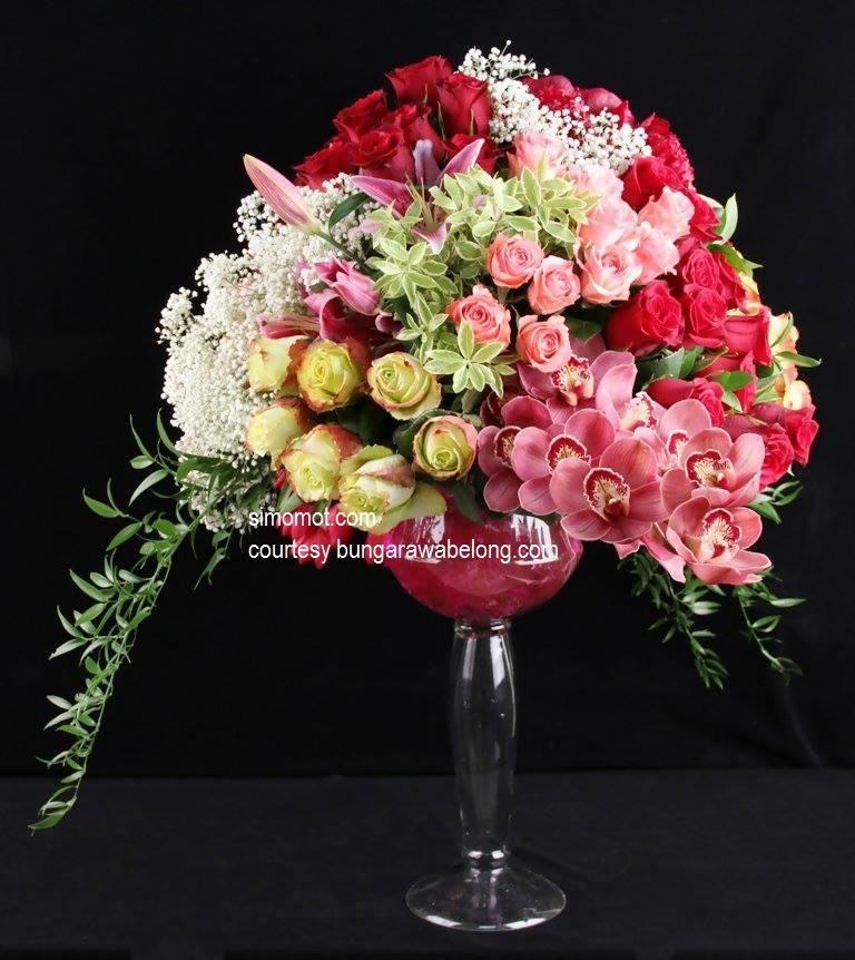 membuat rangkaian bunga segar sederhana (4)