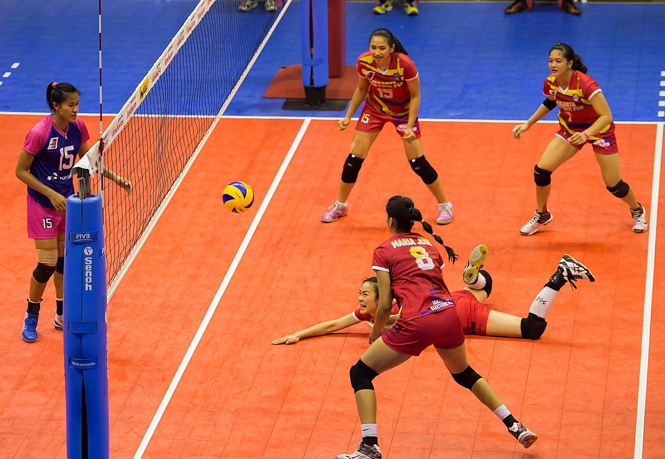 Foto Foto Atlet Voli Cantik Di Final Four Pertama Proliga 2015