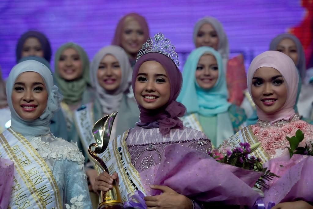 Foto Foto Puteri Muslimah Indonesia 2015 Lengkap Simomot