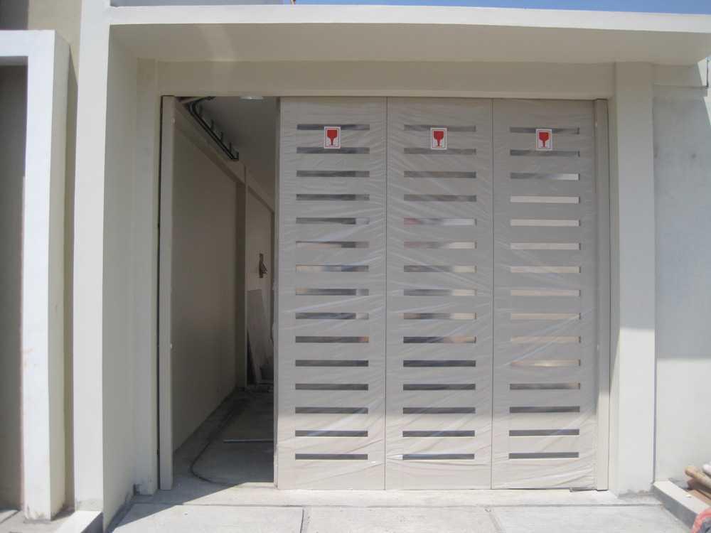 Desain iPintui Garasi Rumah Minimalis Unik Terbaru