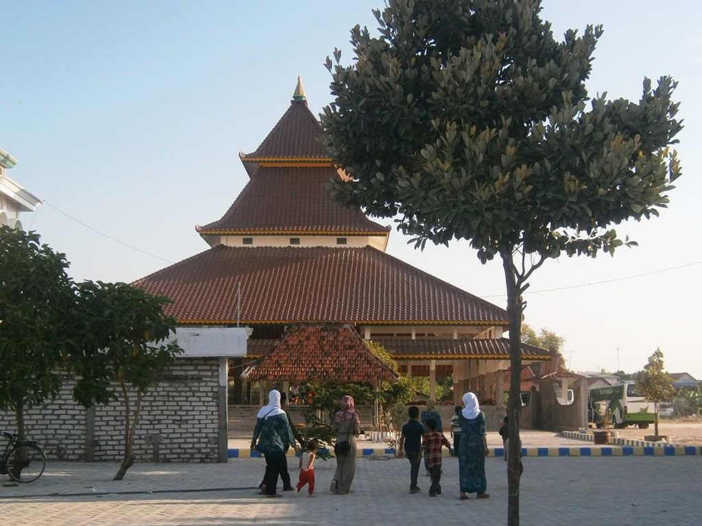Wisata Ziarah Wali