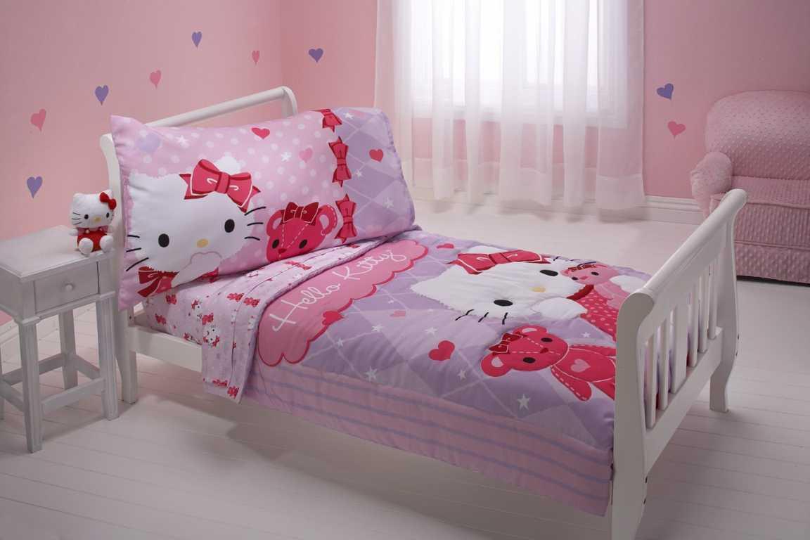 kamar tidur hello kitty untuk anak