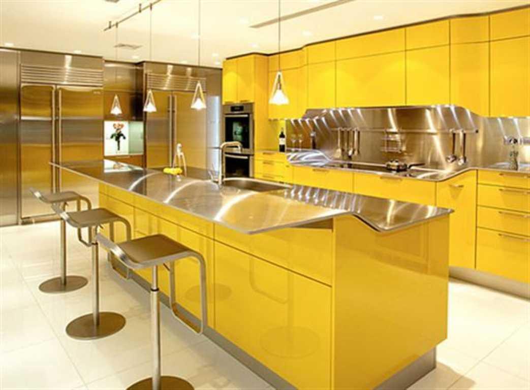 Lemari Kitchen Set Dapur Minimalis Warna Merah Kuning