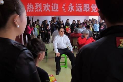 Jia Yongtang, pria asal Tiongkok yang mirip dengan Kim Jong Un. (TheWhasingtonPost)