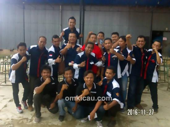 Panitia Kizz Phoncell Cup 1 dan Juri Radjawali Indonesia