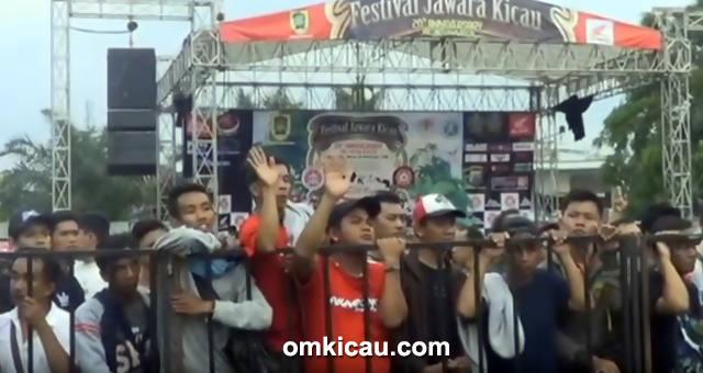 Kemeriahan Festival Jawara Kicau
