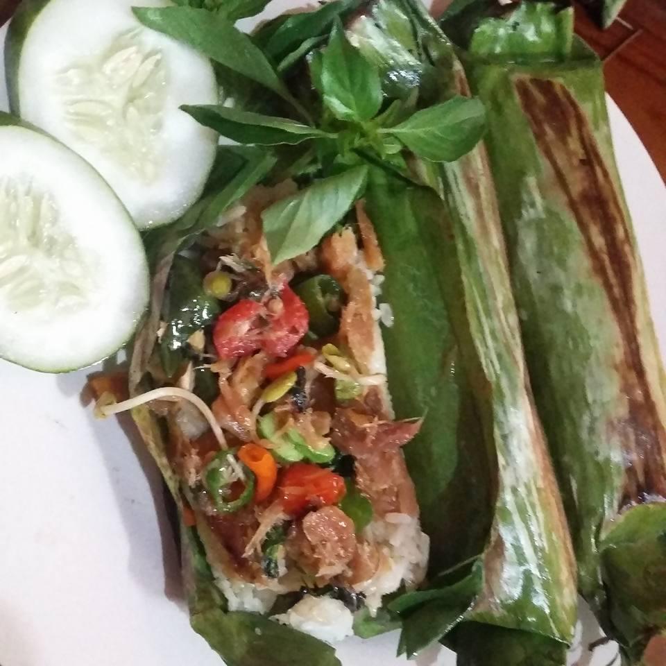 Resep nasi bakar ikan asin ala Bunda Mayrine - SIMOMOT