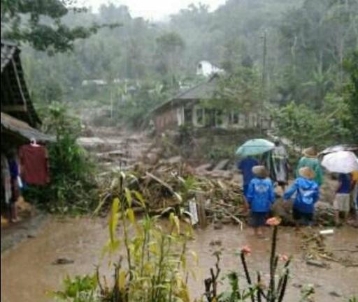 Banjir bandang di Grabag Magelang