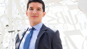dokter ganteng Joel Salinas