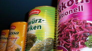5 Bahaya Makanan Kaleng yang Tak Boleh Diremehkan