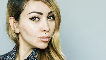 Tip Makeup Sederhana Tapi Flawless untuk ke Kantor Sehari-Hari