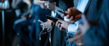 Para Pengguna Sosial Media